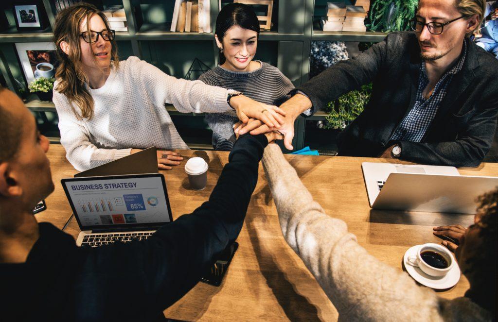 Business en ligne - Recruter et déléguer