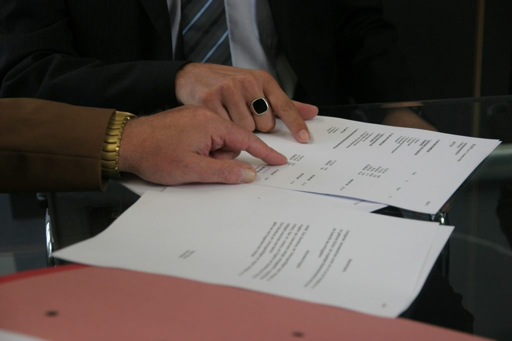 Investir dans l'immobilier sans argent - S'entendre sur le contrat de bail avant les opérations locatives